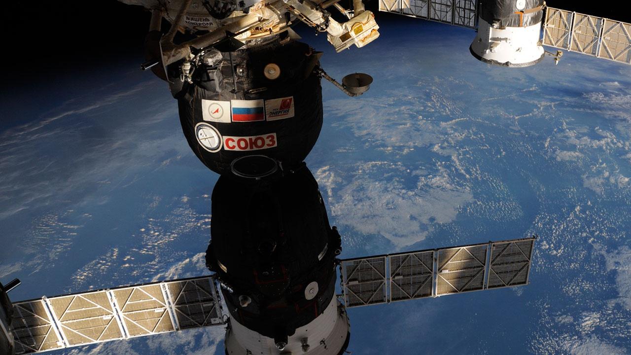 NASA может забронировать еще одно место на «Союзе» для полета астронавта на МКС