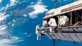 Астронавты на МКС завершили установку новой солнечной батареи и развернули ее