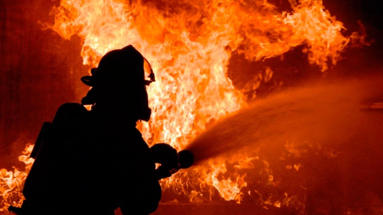 СМИ: в центре Москвы загорелась серверная в здании МВД