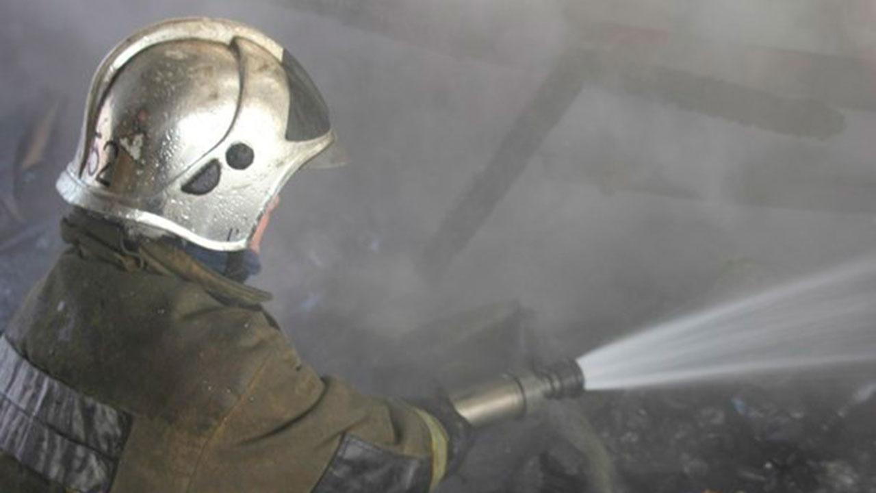 В Петербурге 265 домов остались без света из-за пожара на подстанции в Ленобласти
