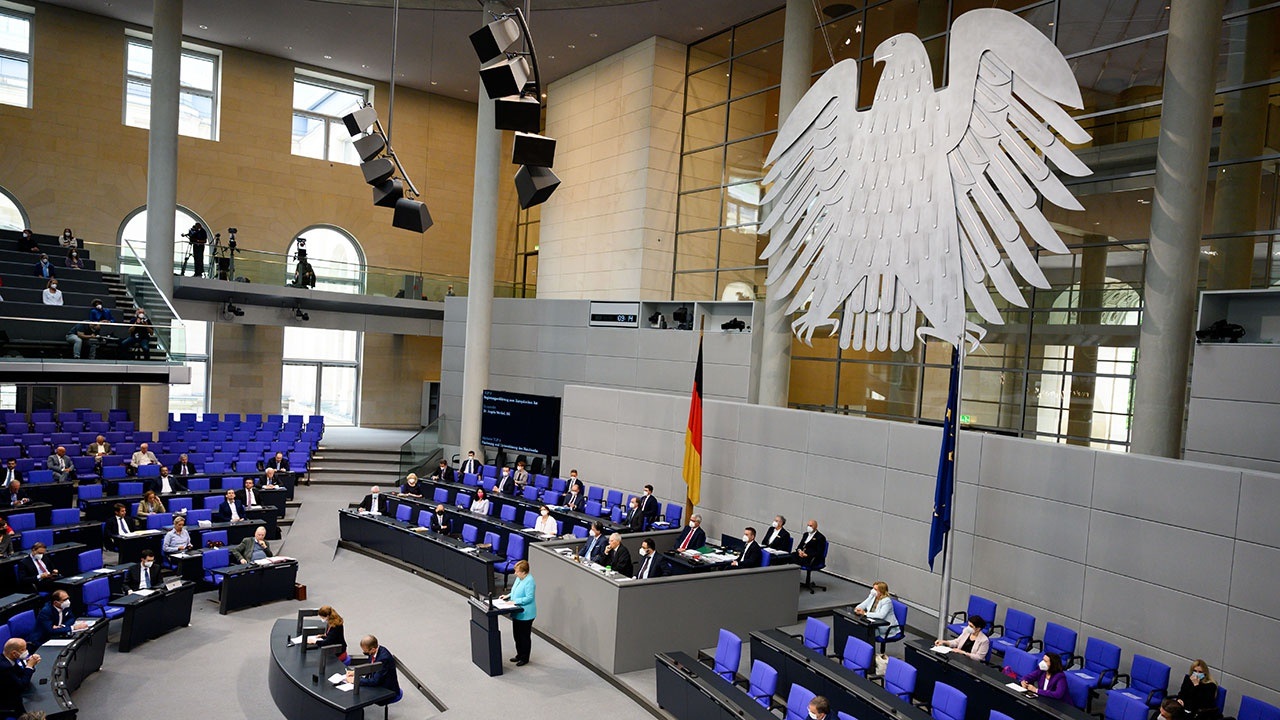 Лидеры ЕС предложили подумать над новыми санкциями против России