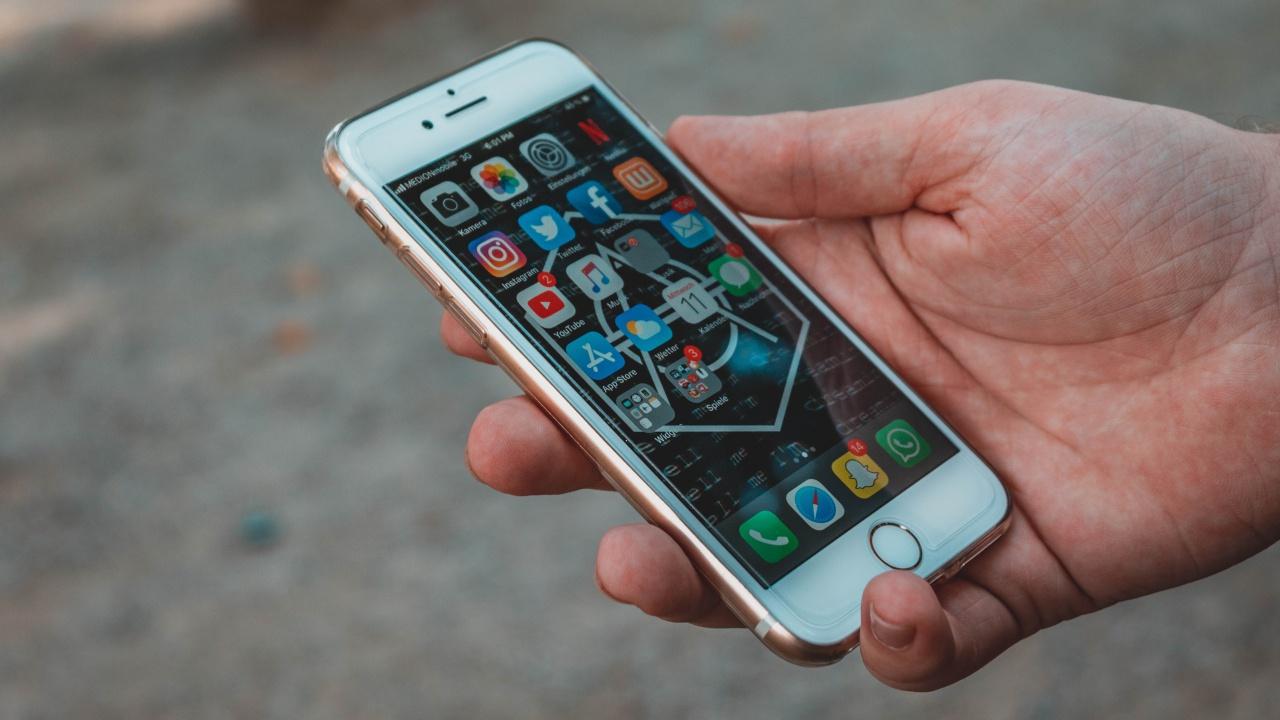 Роскомнадзор составит протоколы на Facebook, WhatsApp и Twitter за нелокализацию баз данных в РФ