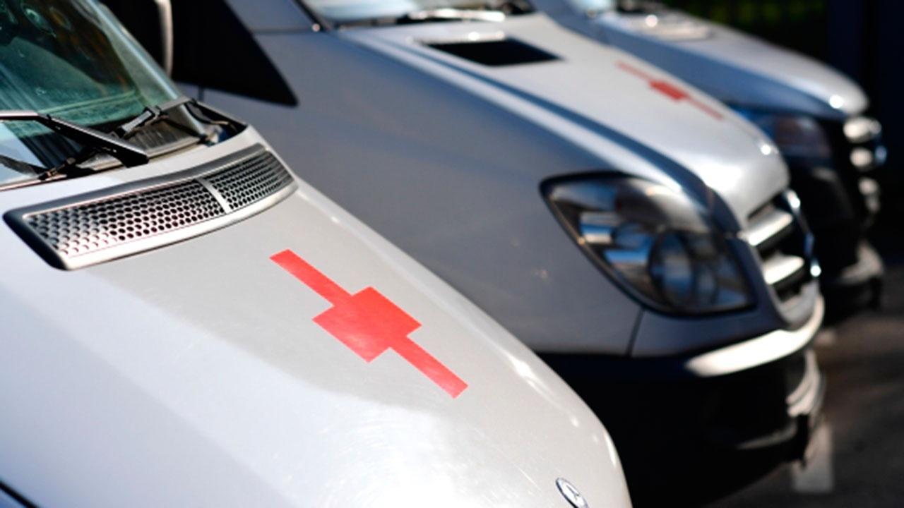 В МВД сообщили о столкновении машин скорой помощи и полиции в Москве