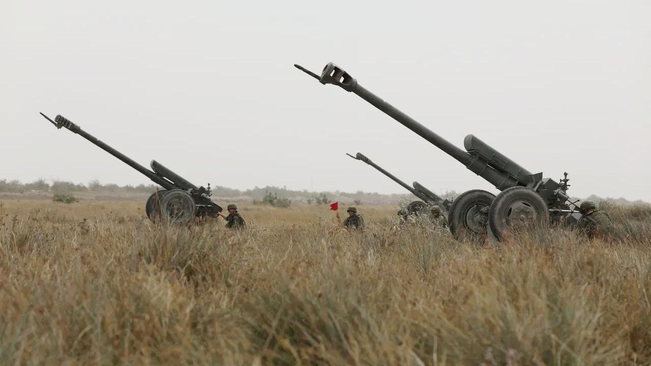 Рев гаубиц в горах: артиллеристы  уничтожили «технику противника» в Дагестане