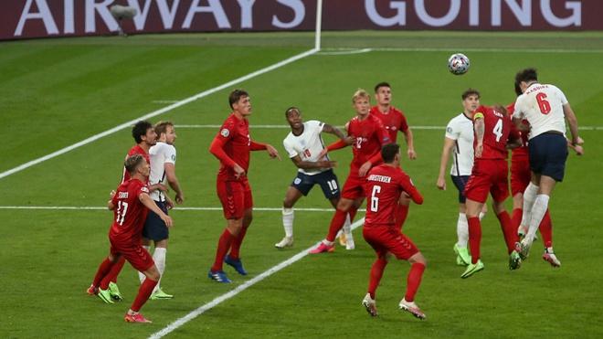 Сборная Англии обыграла команду Дании и вышла в финал Евро-2020
