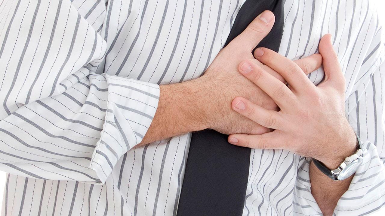 Врачи описали боль, которую испытывают пациенты перед инфарктом
