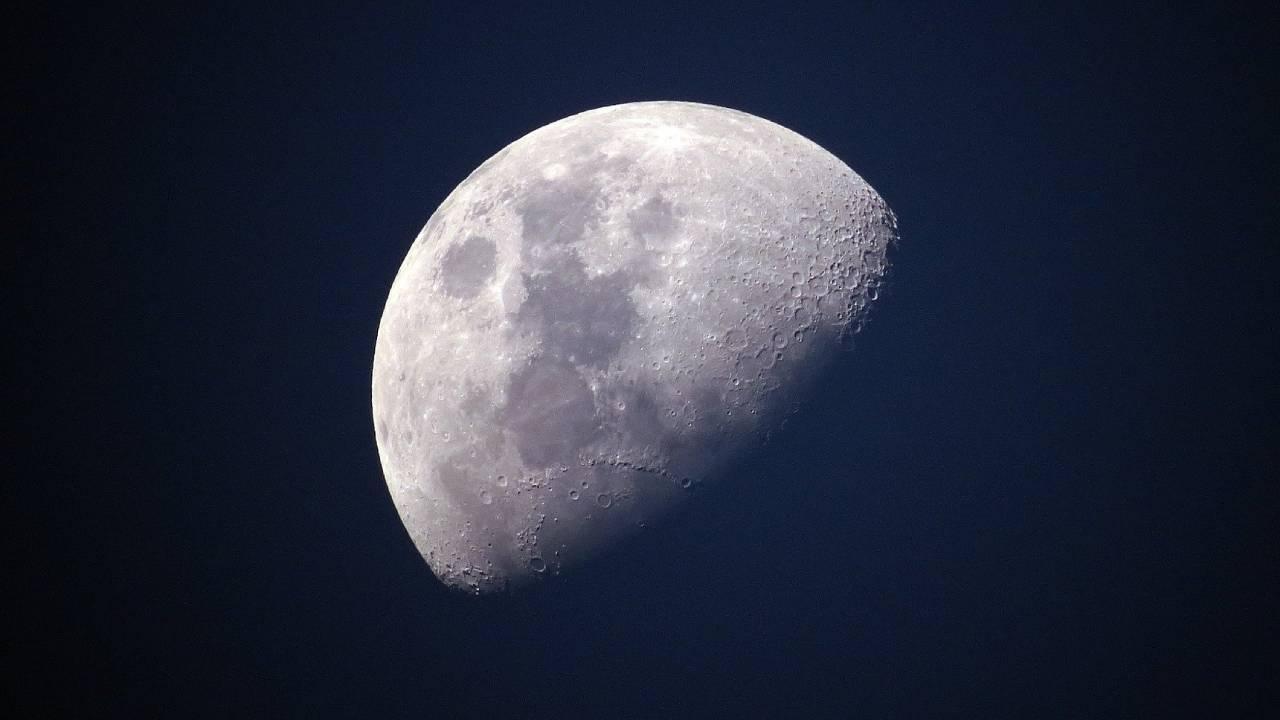 Землян предупредили о росте наводнений из-за колебаний Луны