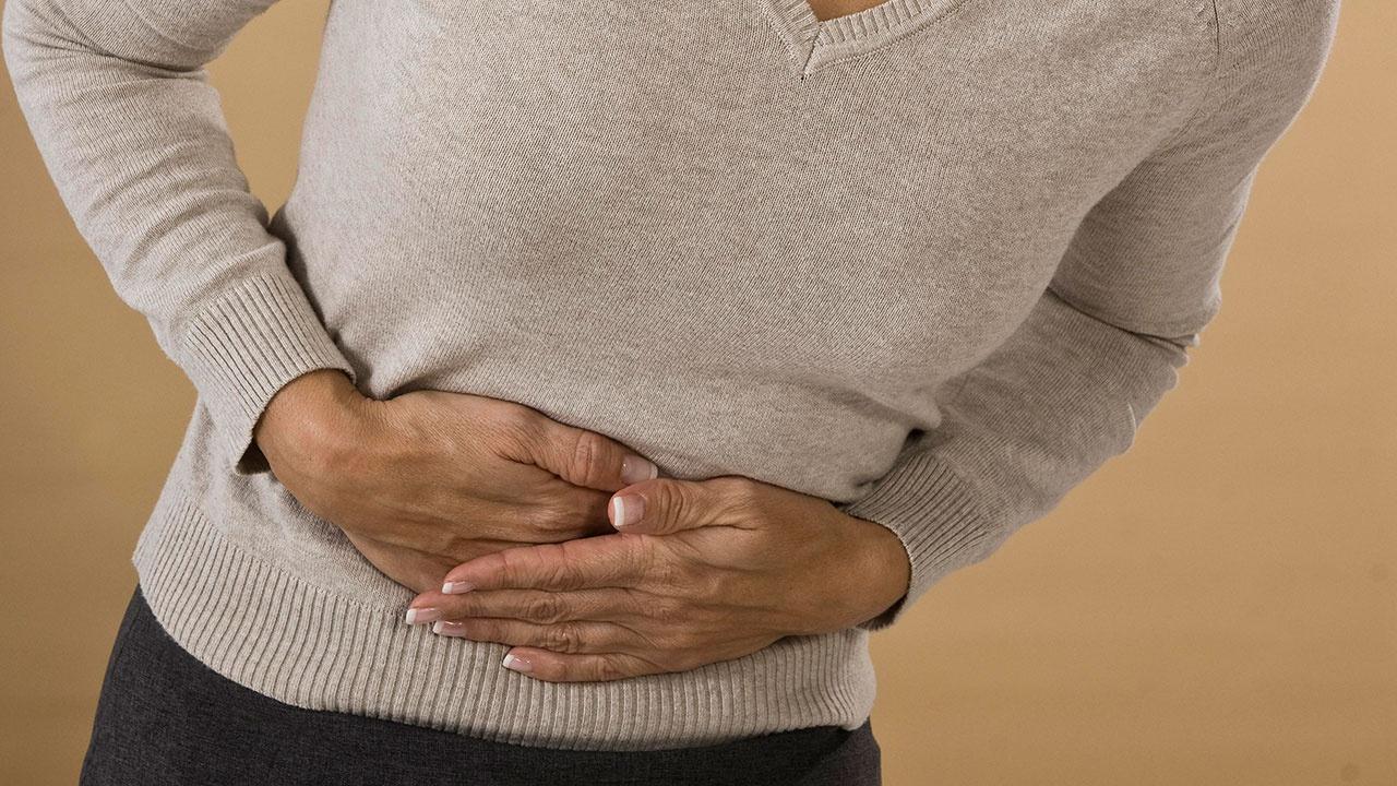 Онколог рассказал о первых признаках рака толстой кишки