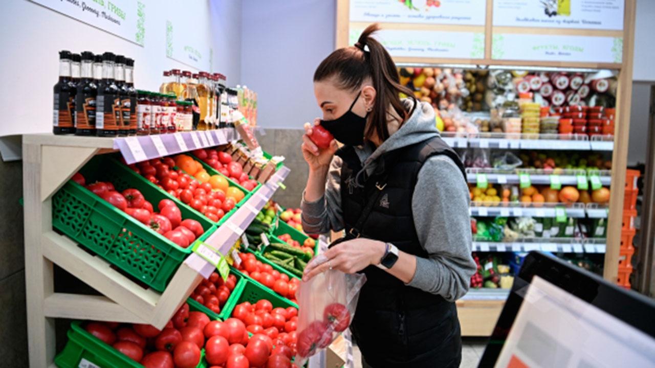 Ретейлеров обяжут снижать цены на овощи вслед за поставщиками