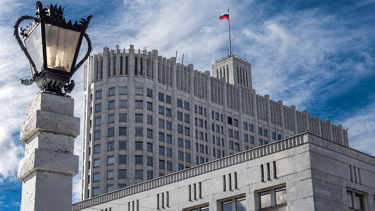 Песков обозначил границы кураторства вице-премьеров в регионах РФ