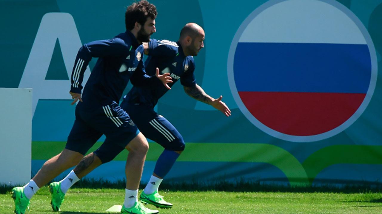 Россия проведет матчи отбора ЧМ-2022 против команд Словакии и Кипра в Казани и Санкт-Петербурге
