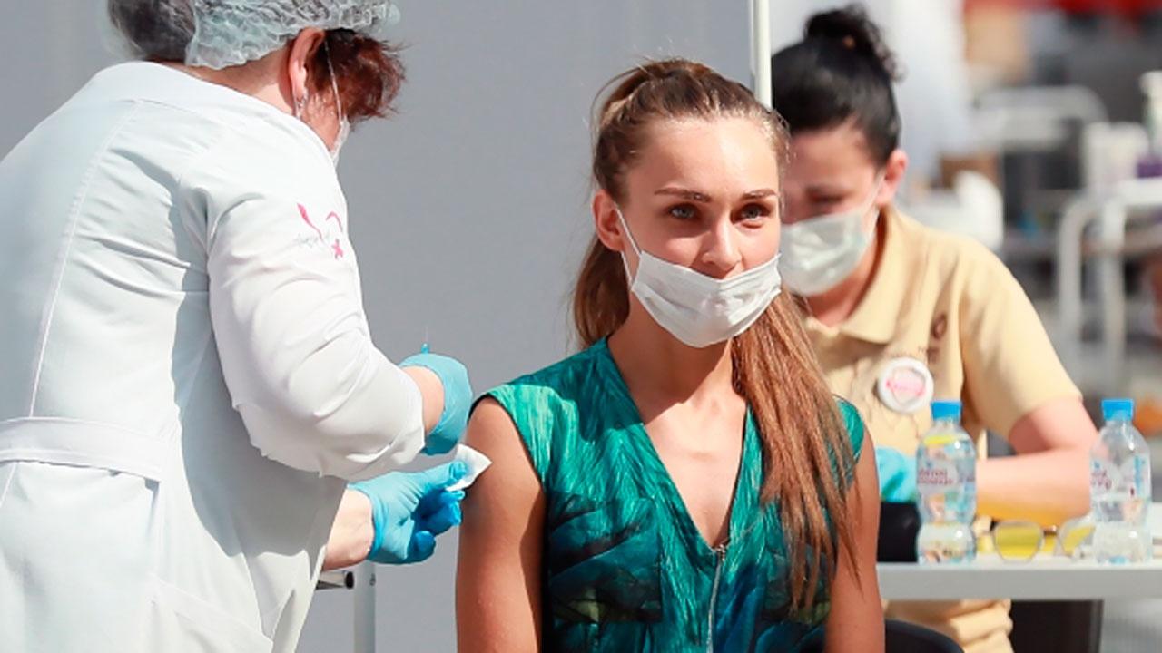 Собянин сообщил о получении первого компонента вакцины более 4 миллионами москвичей