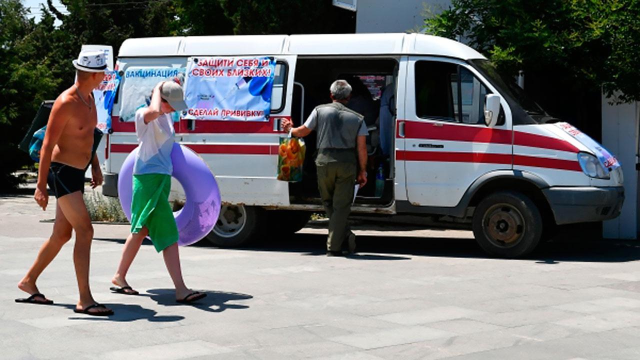 В случае ухудшения ситуации с COVID-19 в Крыму могут закрыть туристический сезон