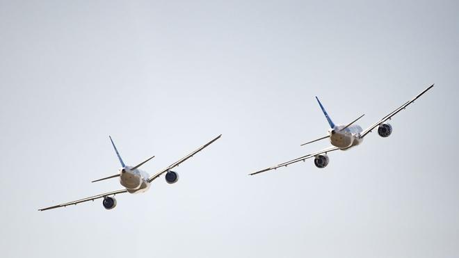 Мантуров спрогнозировал 2025 как год возможного начала экспорта самолетов МС-21 и SSJ-100