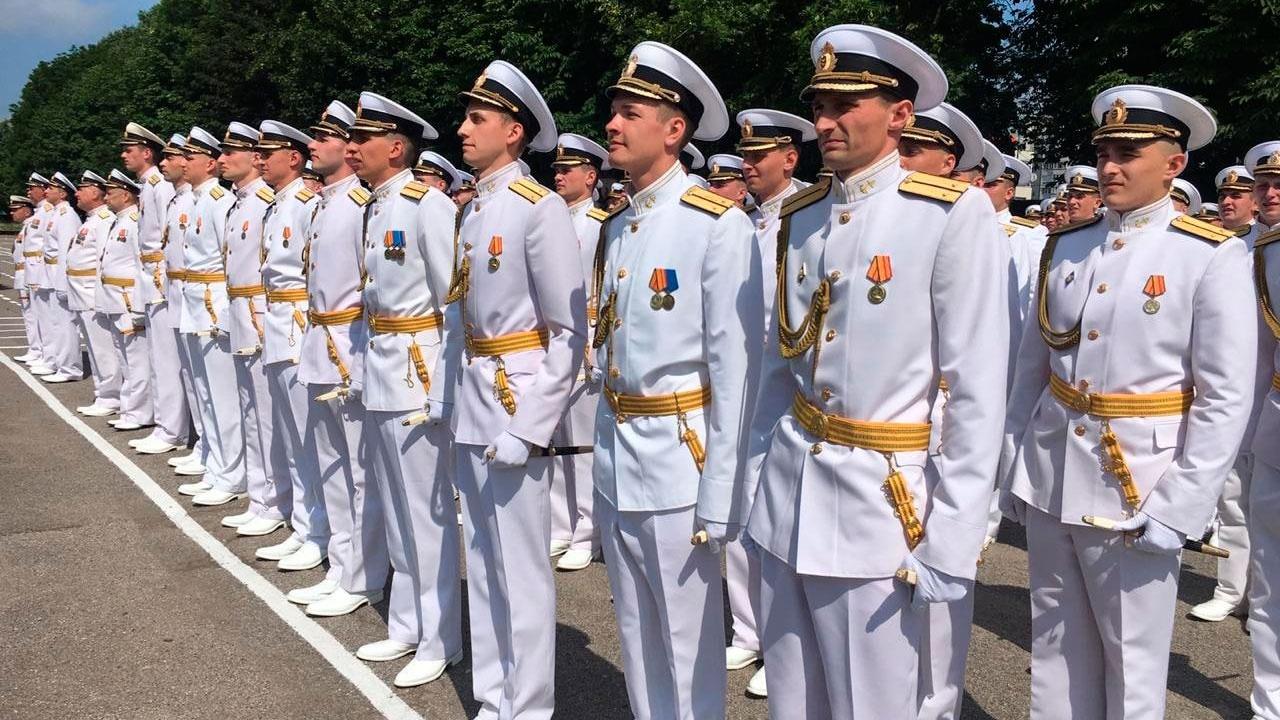 Балтийскую ВМБ и корабельные соединения пополнят 80 молодых офицеров