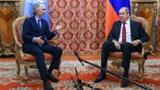 Лавров встретился со спецпосланником Генсека ООН по Сирии в Москве