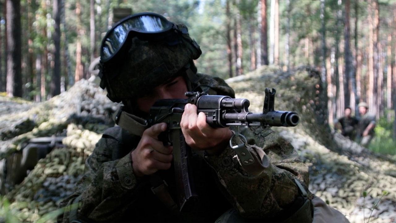 Защитить «Ярсы»: военнослужащие разгромили группу «диверсантов» под Новосибирском