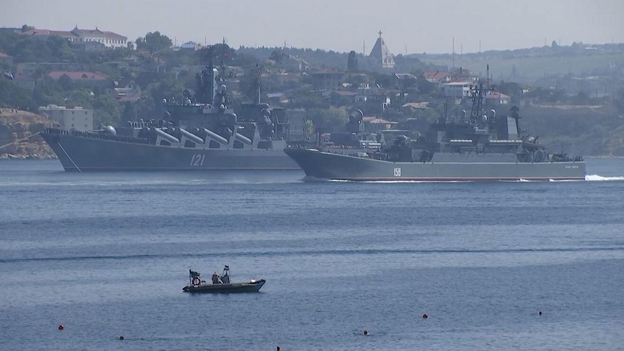 Последние штрихи: Севастополь готовится к генеральной репетиции парада ко Дню ВМФ