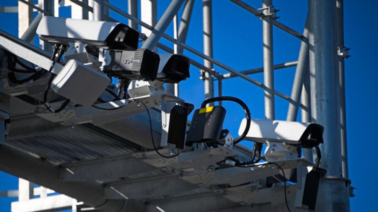 МВД РФ определит места установки камер фиксации использования телефонов за рулем
