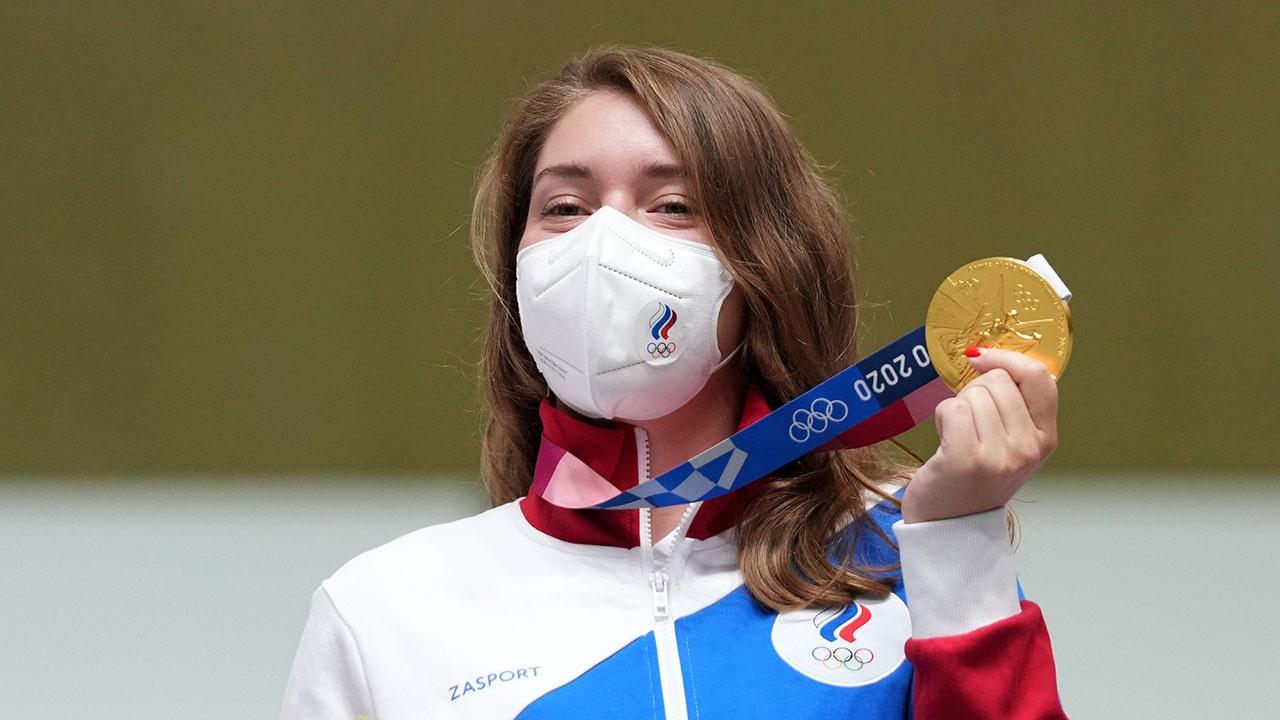 Путин поздравил Бацарашкину с получением первого золота России на Олимпиаде