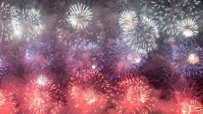 Красочное шоу в небе: День ВМФ завершится салютом в Кронштадте