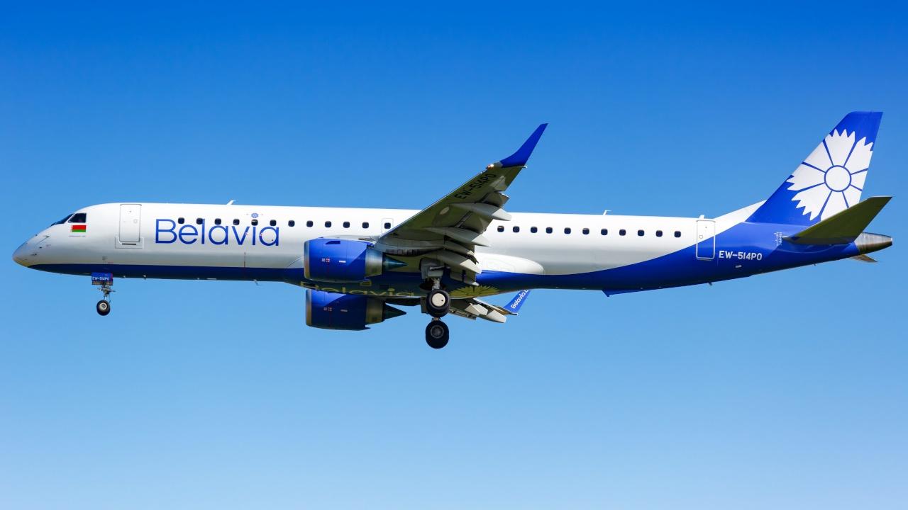 Подавший сигнал тревоги самолет «Белавиа» успешно сел в Домодедово