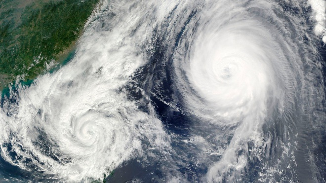 Аварии судов и разлив нефти: власти Дальнего Востока предупредили о надвигающемся тайфуне