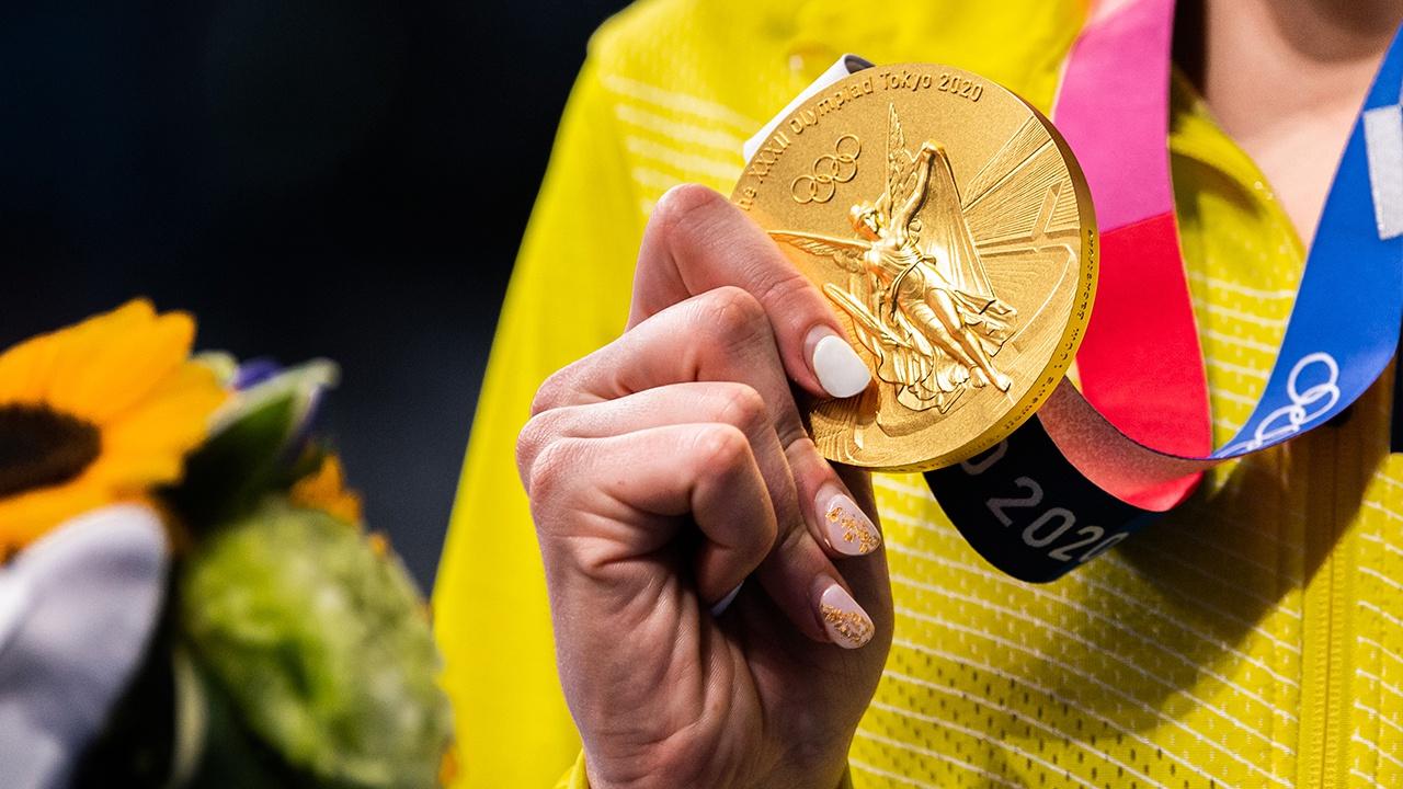 Россия вышла на четвертое место в медальном зачете ОИ-2020