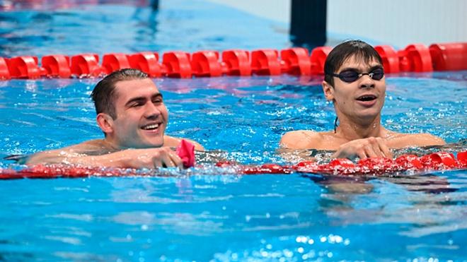 Золото и серебро: российские пловцы взяли медали на Олимпиаде в Токио