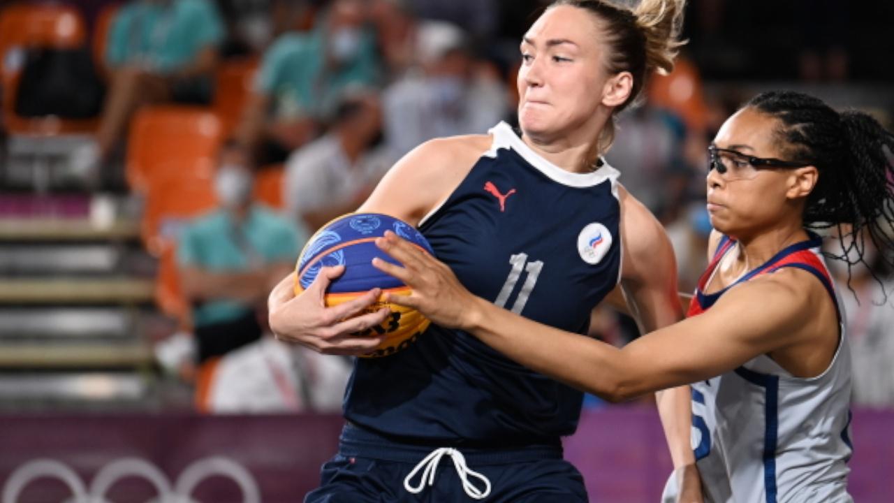 Женская сборная России по баскетболу стала серебряным призером ОИ