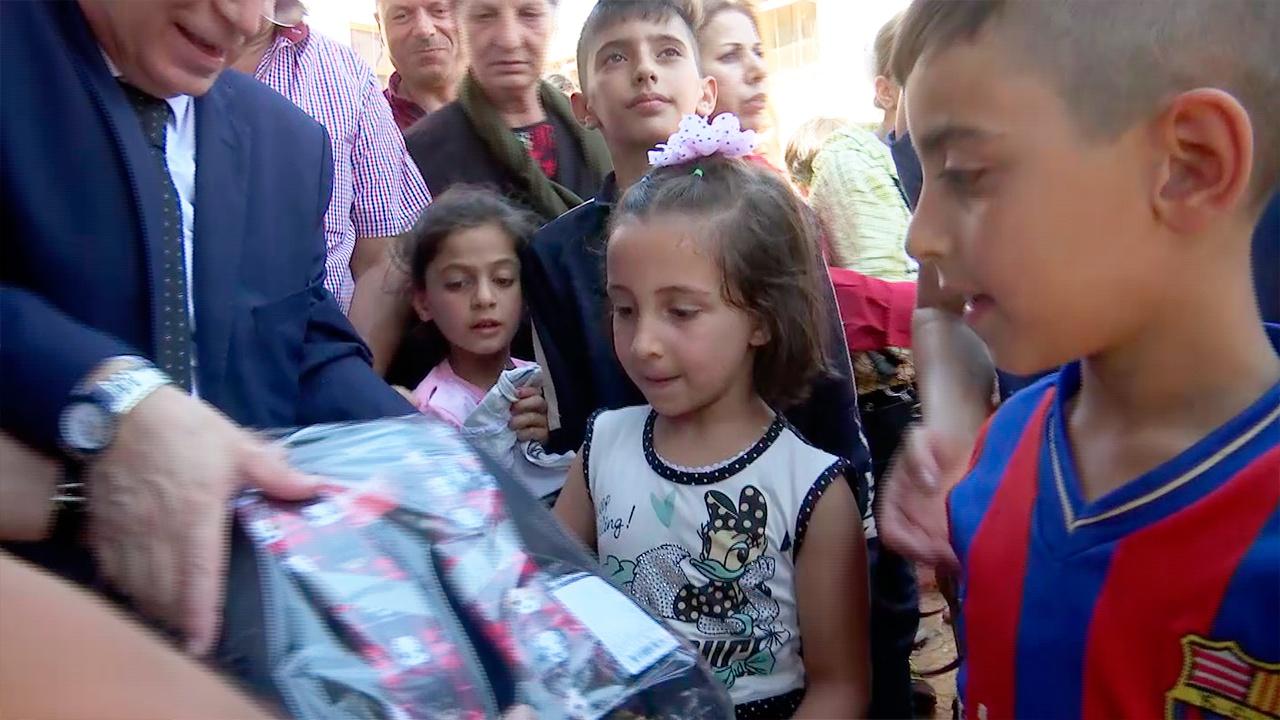 Добровольцы передали гумпомощь из регионов РФ беженцам из провинции Идлиб