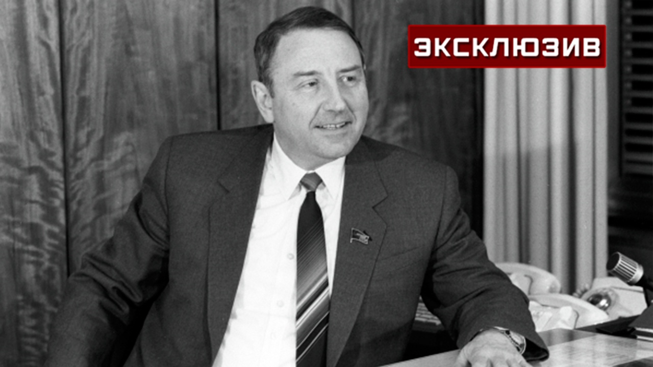«Сильный руководитель и прекрасный человек»: летчик-космонавт Александров рассказал, каким был Олег Бакланов