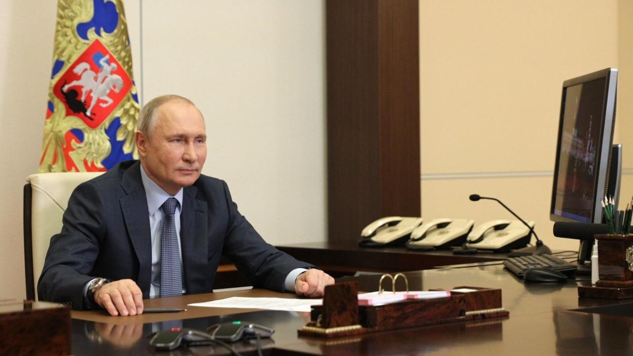 Путин обсудил с членами Совбеза ситуацию в Афганистане и на границе Армении и Азербайджана