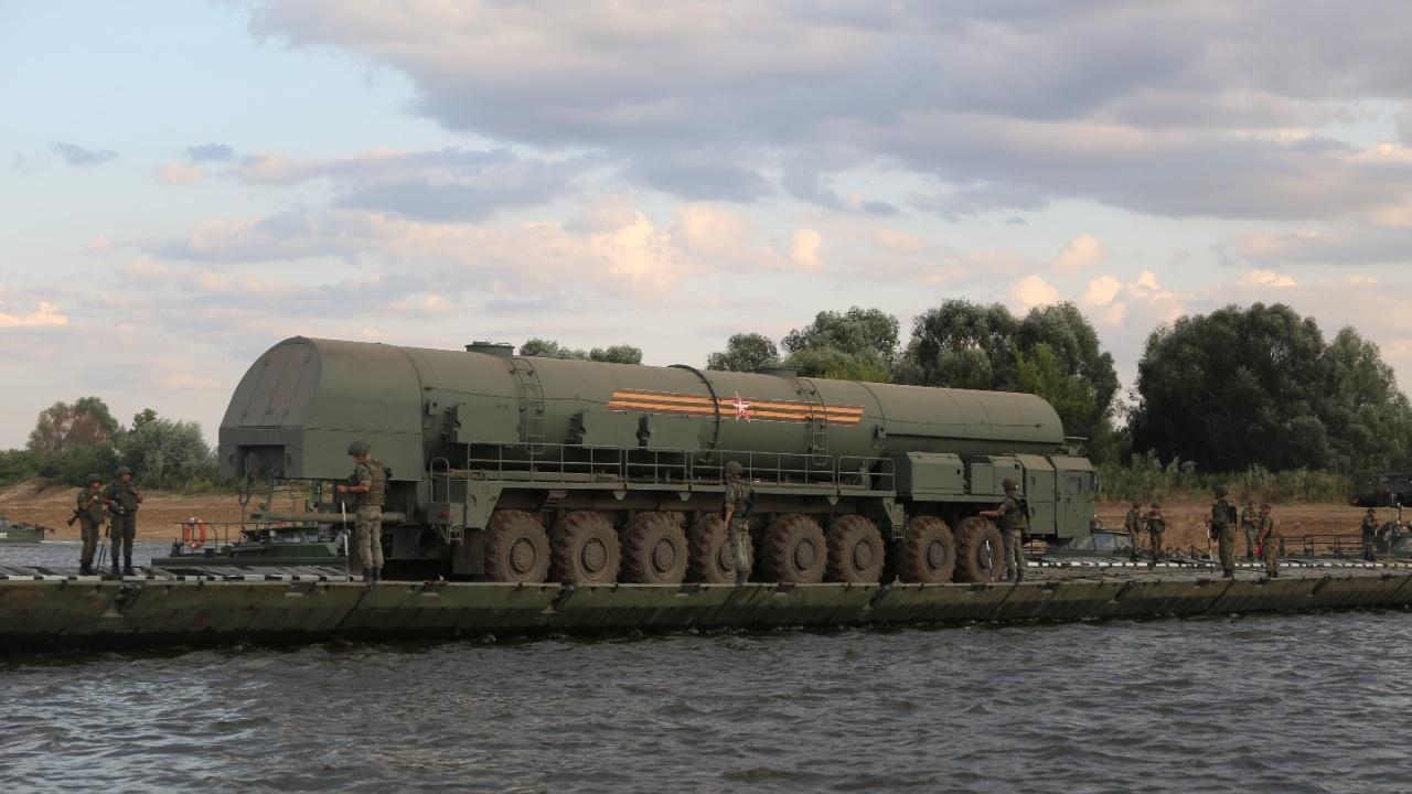 Грозный груз: во Владимирской области переправили ПГРК «Ярс» через Оку