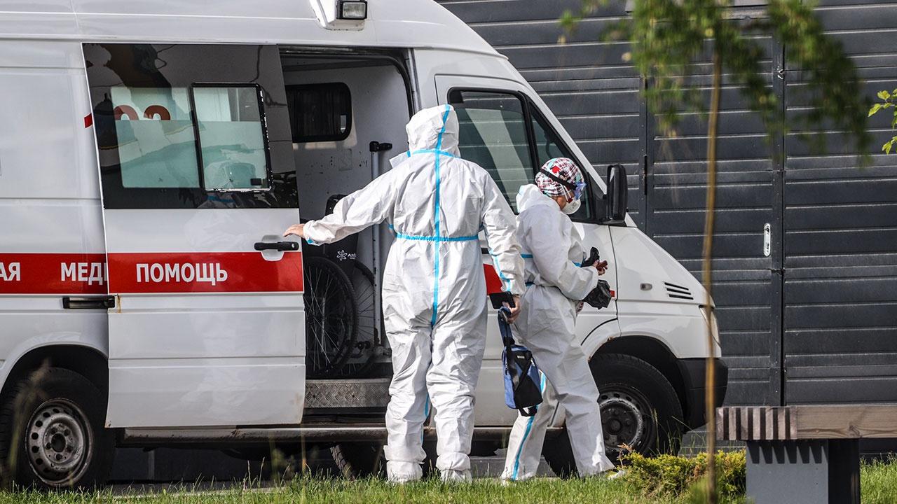 В России третий раз за месяц выявили рекордные 799 смертей от коронавируса за сутки