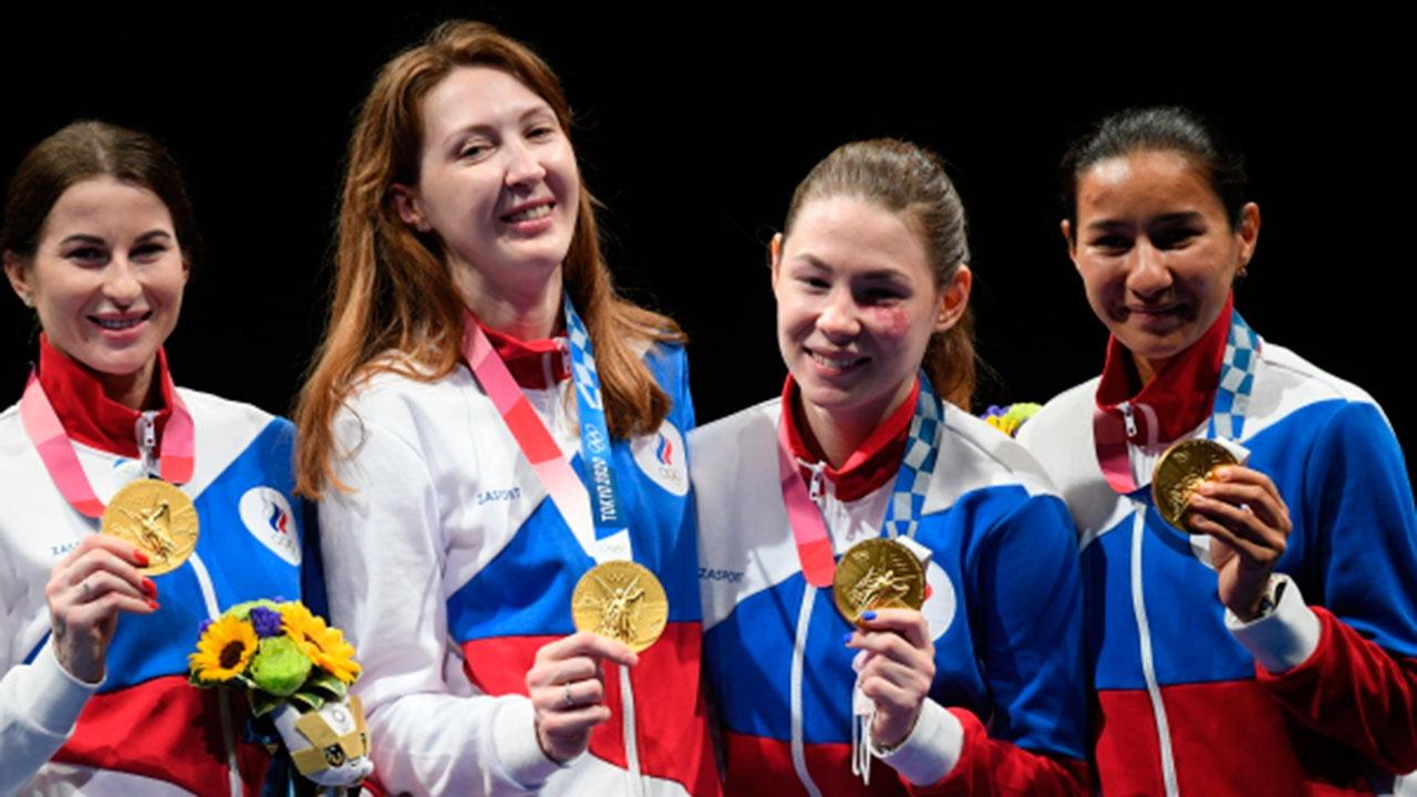Путин поздравил рапиристок с золотыми медалями ОИ в Токио