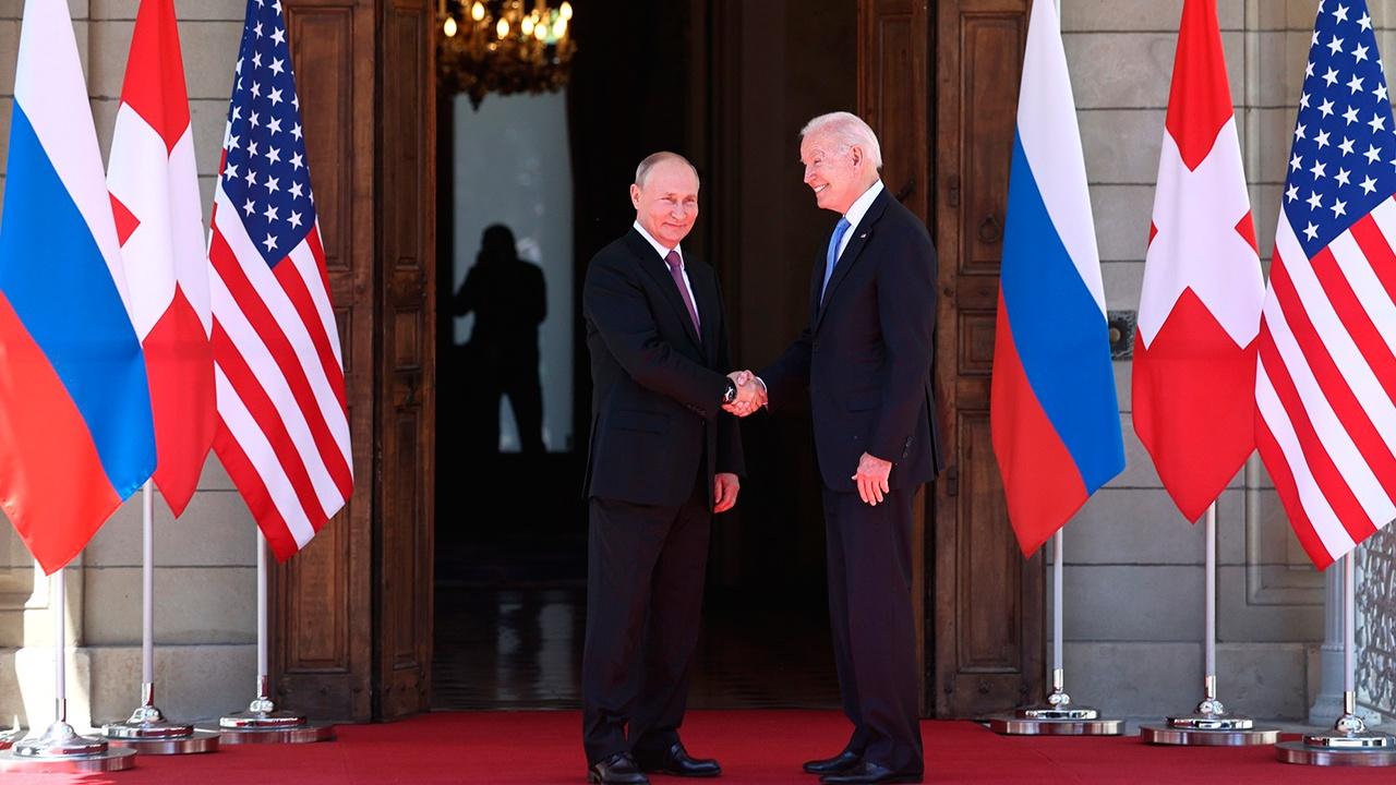 Рябков объяснил, почему в Женеве не обсуждалось ядерное оружие