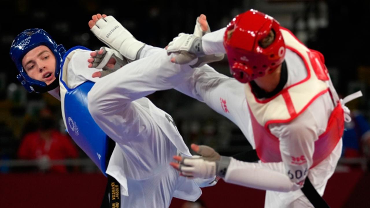«Руку заморозил и продолжал драться»: олимпийский чемпион Храмцов назвал сроки восстановления после травмы