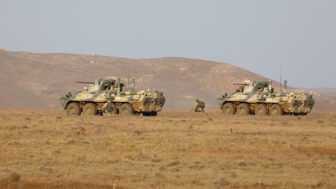 Морпехи Черноморского флота нейтрализуют «диверсантов» в Крыму