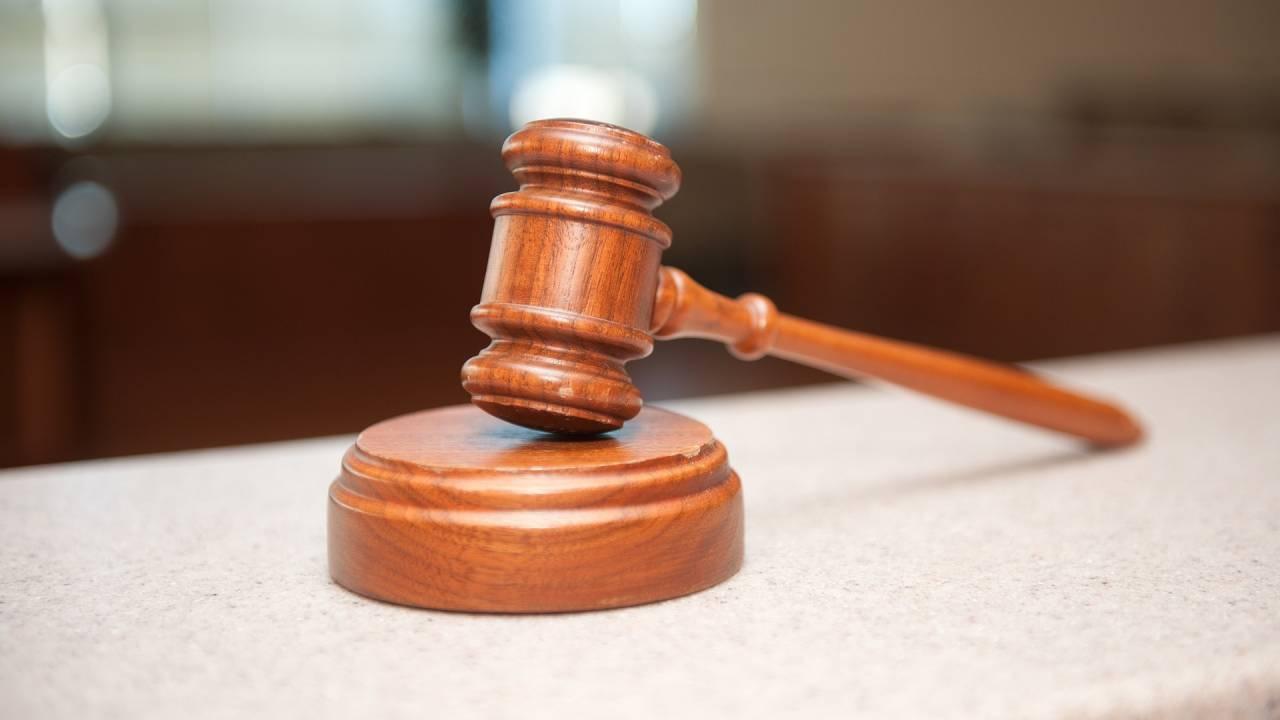 Адвокат по делу Ефремова внезапно умер во сне
