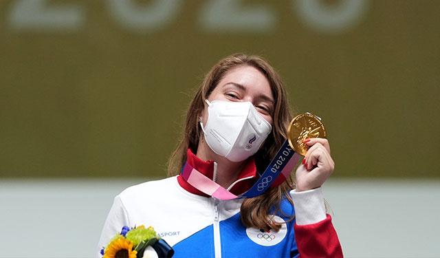 Россиянка Бацарашкина завоевала золото в стрельбе из пистолета с 25 метров на ОИ