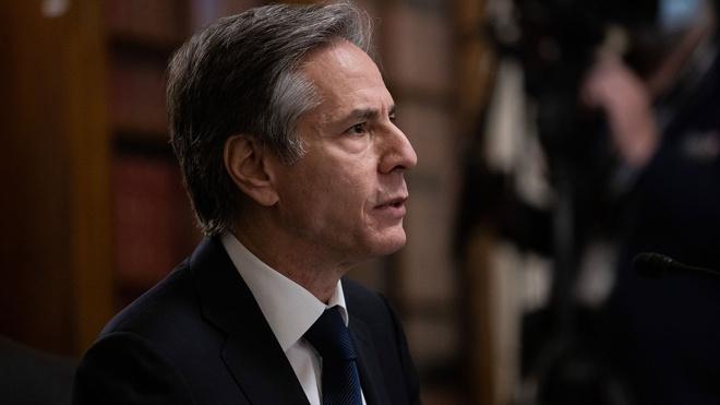 Госсекретарь США анонсировал увольнение 182 служащих дипмиссий в России