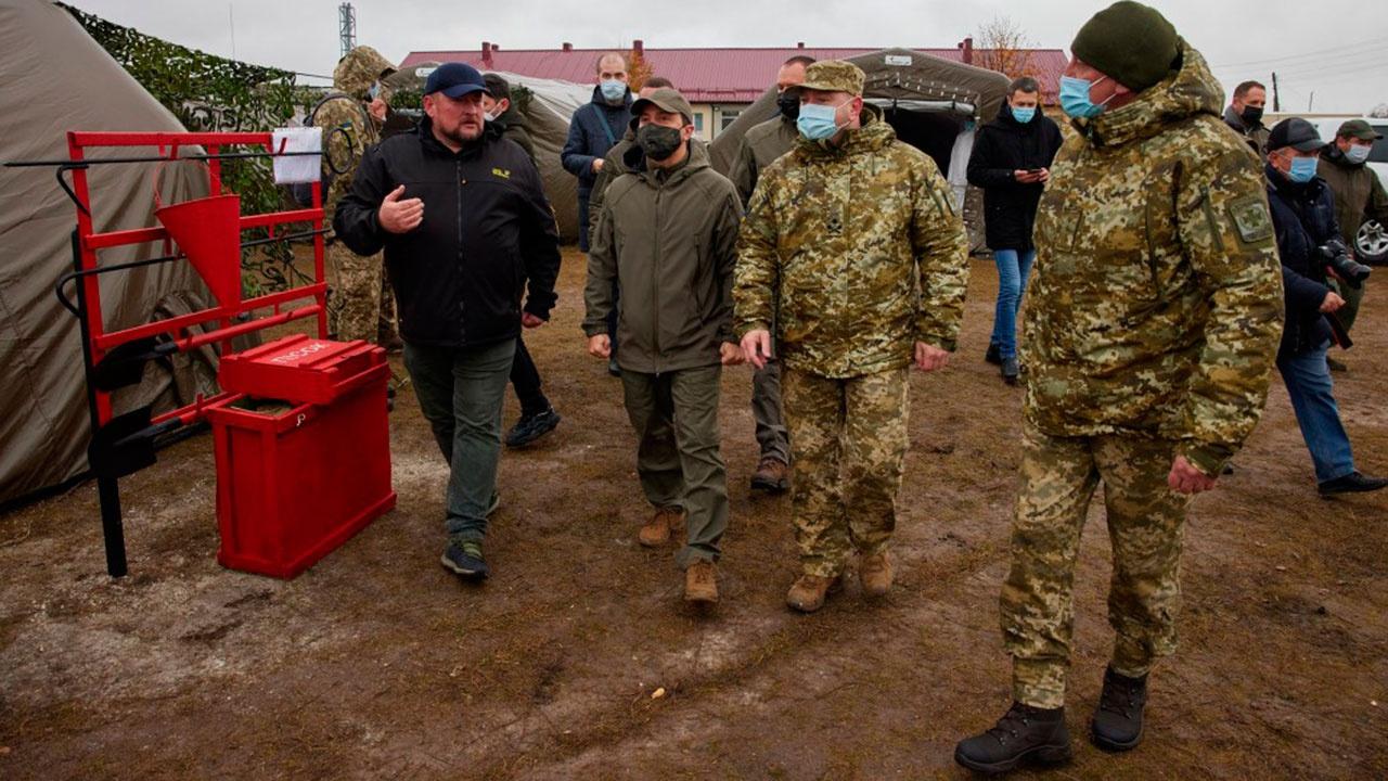 Зеленский распорядился привести границы Украины «в боевое соответствие»
