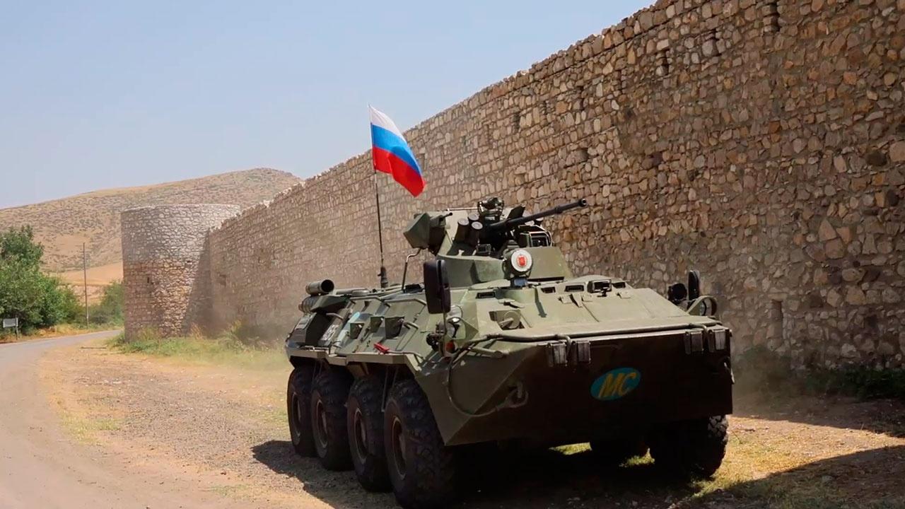 Миротворцы РФ обеспечили безопасность паломниками монастыря Амарас в Карабахе