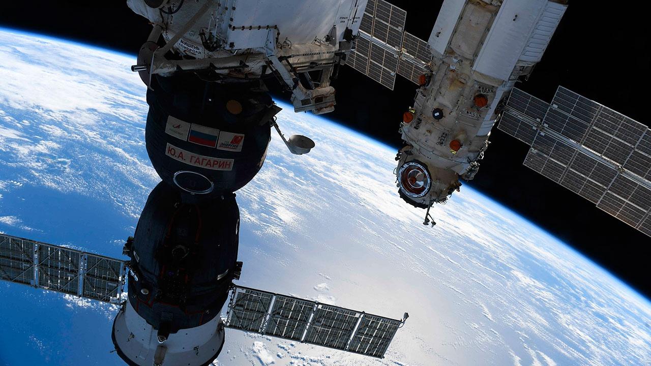 Остатки топлива из баков модуля «Наука» стравили в космос