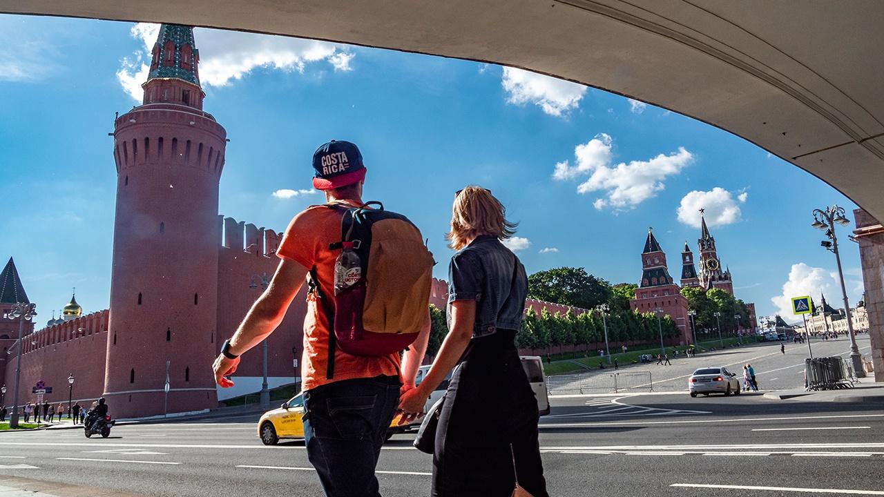 В Москве за сутки выявлен наименьший прирост случаев COVID-19 в РФ