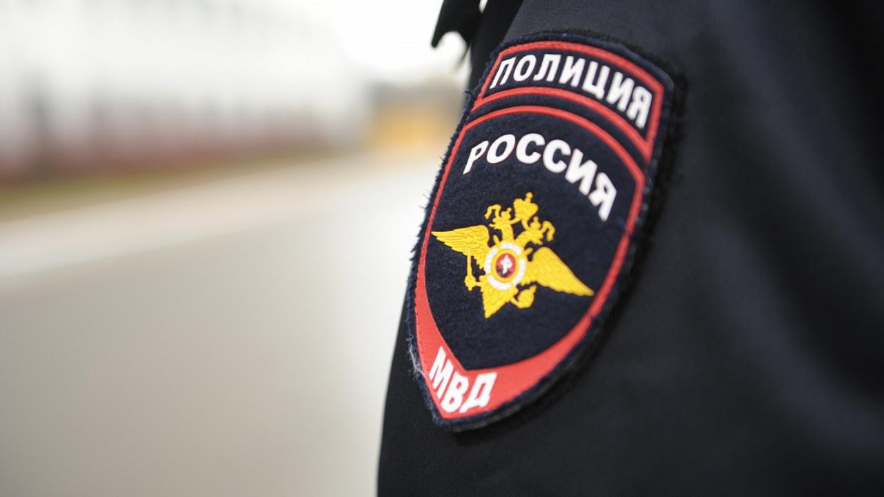 В Иванове полицейский на служебном автомобиле сбил девушку