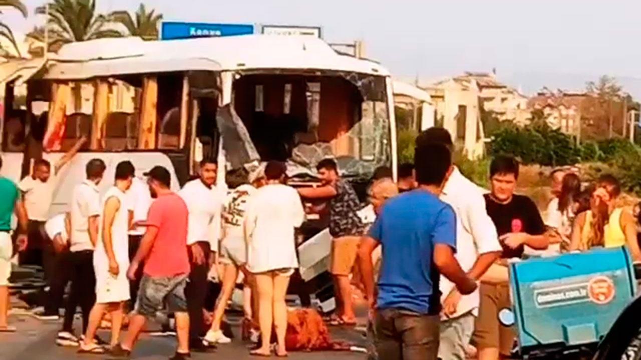 Минздрав РФ: необходимости в срочной эвакуации пострадавших при ДТП в Турции нет
