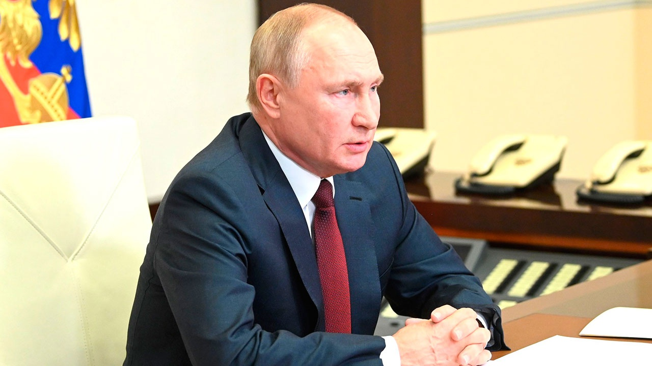 Путин: все уже устали от коронавируса, но мы должны реагировать на ситуацию