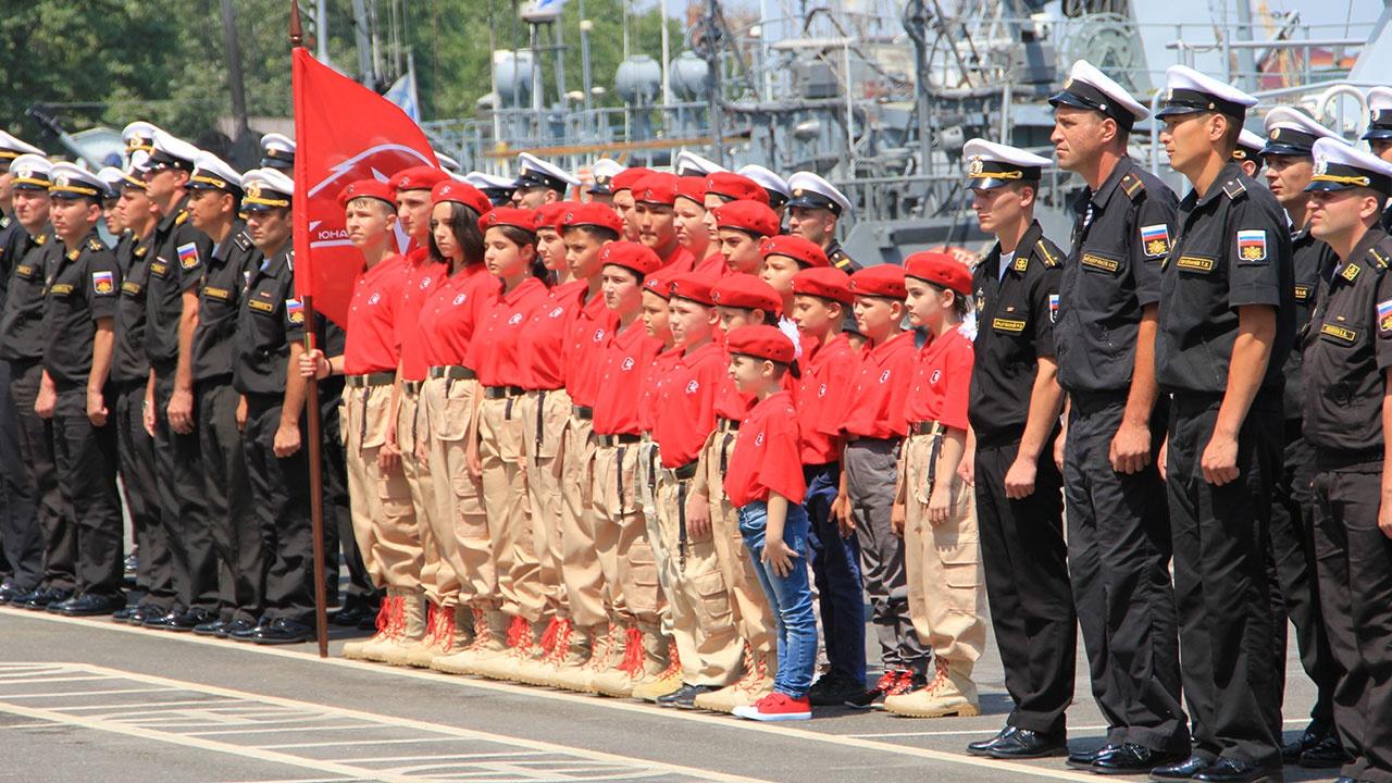 На базе Каспийской флотилии создан новый уникальный отряд юнармейцев